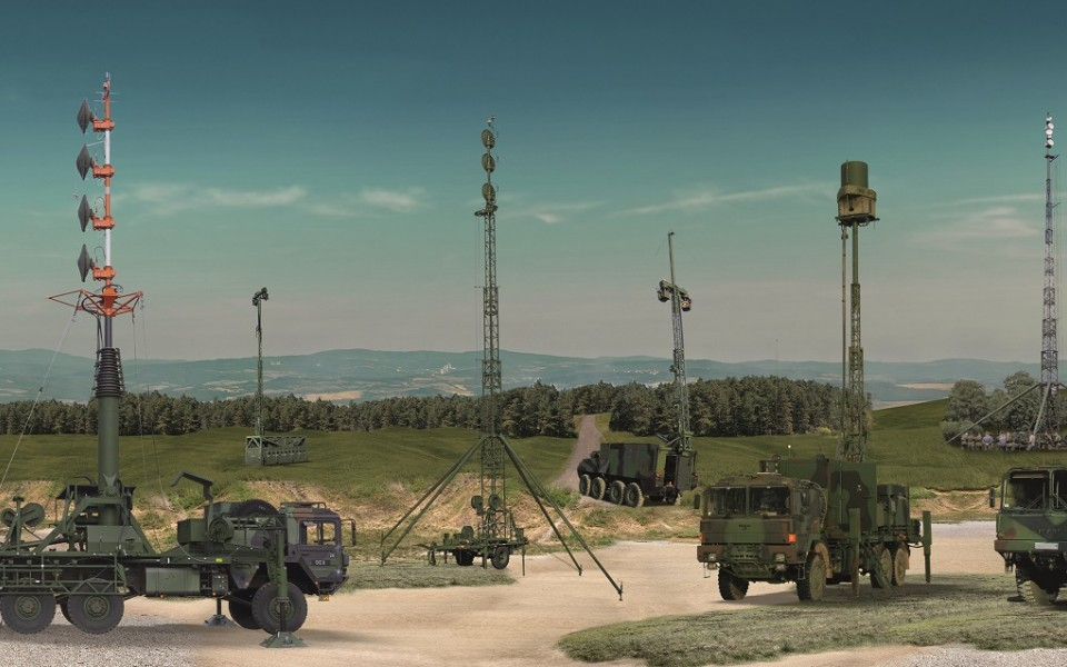 ERA in cooperation with the German company SMAG introduced a new antenna mast for its VERA-NG
